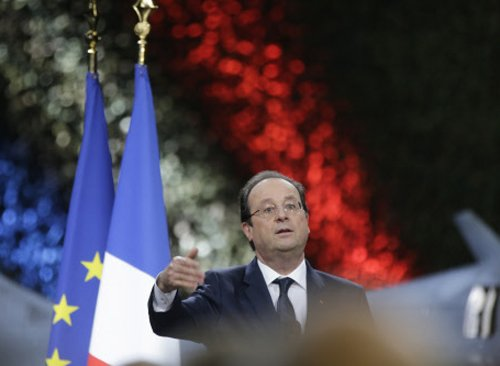 French magazine reveals Hollande 'affair' with actress