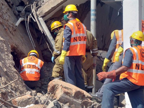 Goa collapse: 2 more bodies pulled out;death toll climbs to 27