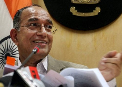 Cong moves EC on 'proxy' comments in virtual world