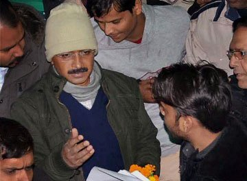 Hazare supporter's family seeks Kejriwal's help