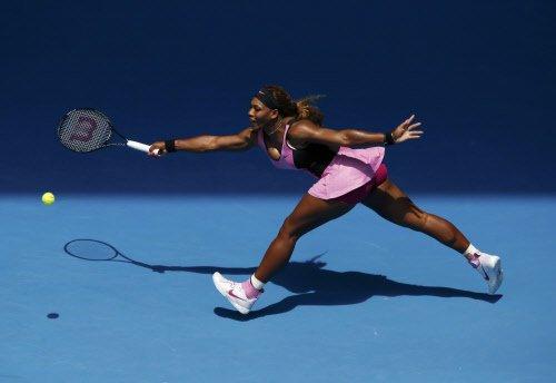 Serena in third round at Australian Open