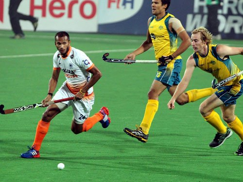India suffer 2-7 thrashing by Australia after early