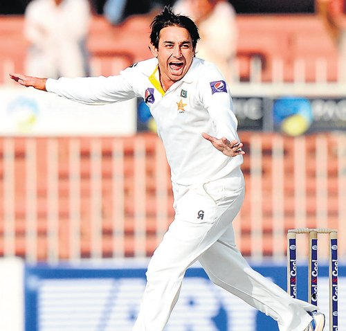 On-song Ajmal restricts Lanka