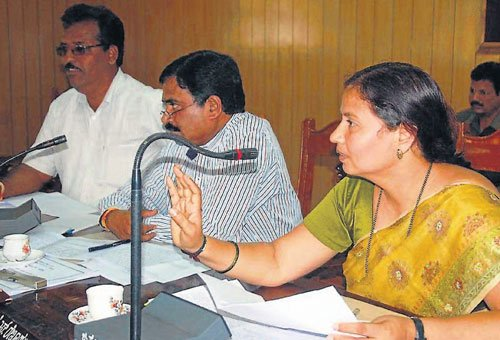 Complete drinking water projects: ZP president