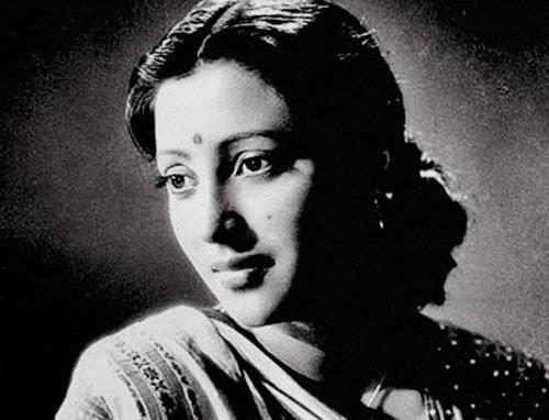 Suchitra Sen cremated; an enigma even in her final journey