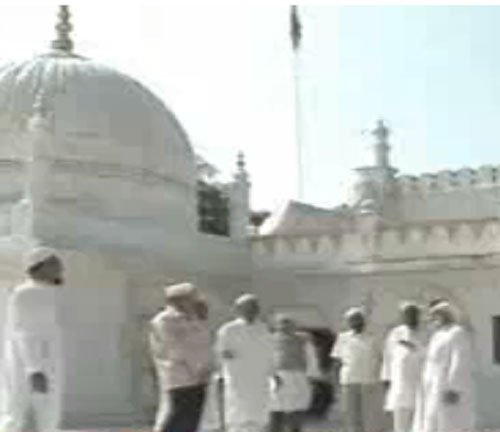 Dawoodi Bohra spiritual head dead