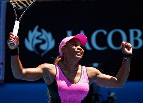 Serena Williams sails into fourth round of Australian Open