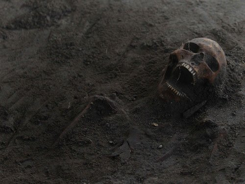 Several layers found in Sri Lanka mass grave: Experts
