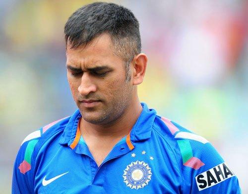Three quick wickets hurt us badly: Dhoni