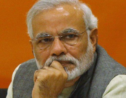Displaced Kashmiri Pandits meet Modi, vent ire against Centre, J-K govt on issue