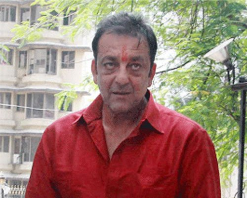 Sanjay Dutt gets another month's parole extension