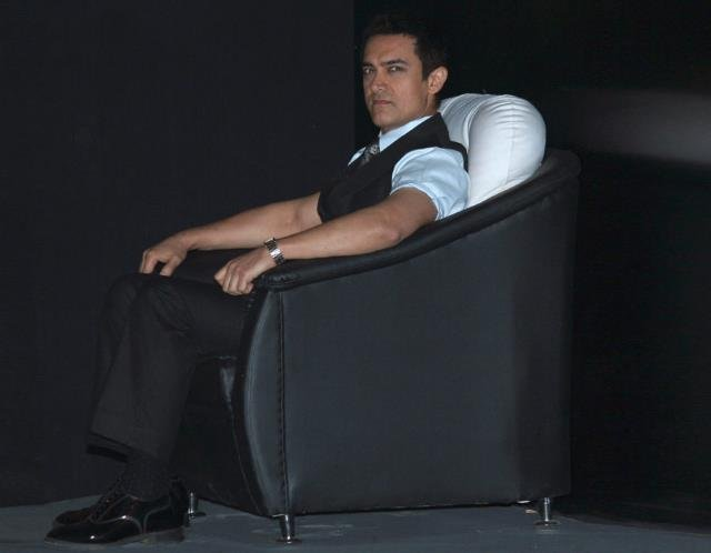 Release of Aamir Khan's 'PK' delayed by 6 months