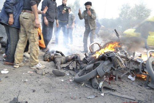 Car bombs on Syria-Turkey border post kill 16: monitor