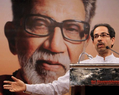 Bal Thackeray's sons in legal row over estate