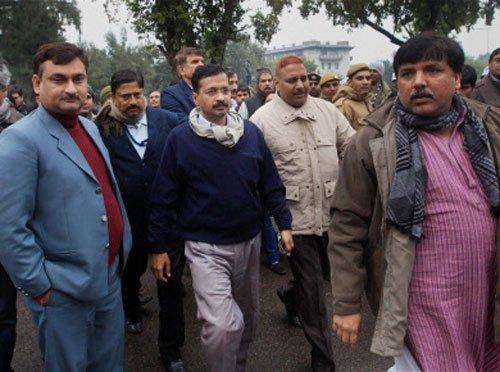 Kejriwal ends dharna, two cops sent on leave