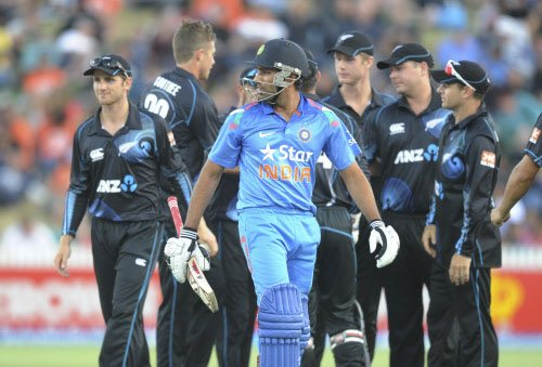 India lose top rank in one-dayers