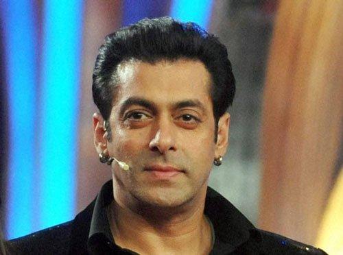 SRK fine, concentrate on 'Jai Ho': Salman