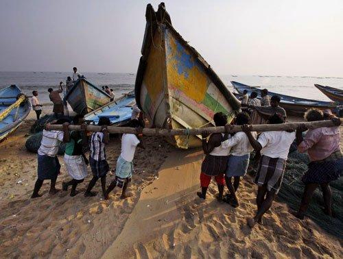 Sri Lanka to release 61 Indian fishermen