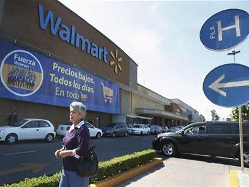Wal-Mart to lay off 2,300 workers in cost-cutting