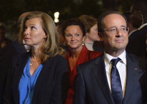 French Prez Hollande announces separation from Valerie