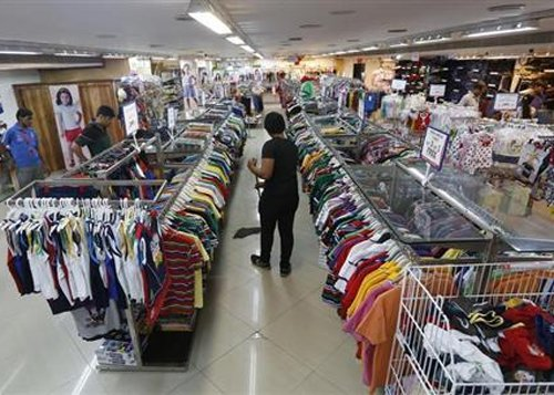 Ind-Ratings retains negative outlook for retail sector in FY15