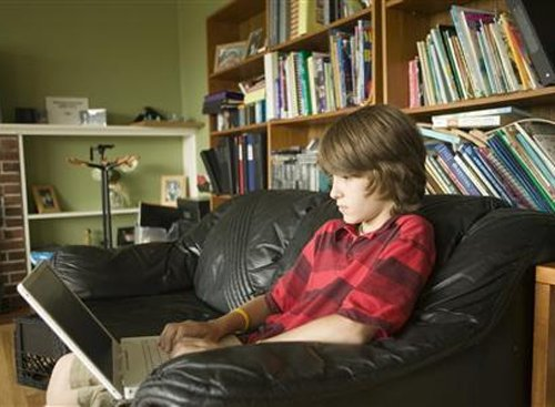 40 per cent parents learn how to use technology from kids