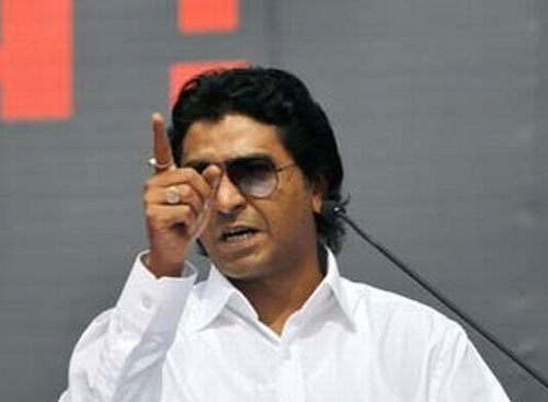 MNS workers vandalise toll booths in Thane