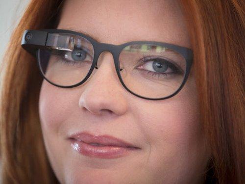 Wear prescription lenses with Google Glass