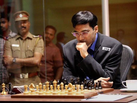Anand ties for third in Zurich blitz; loses to Carlsen