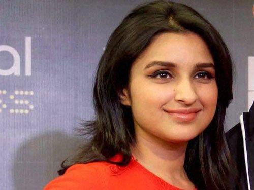 Priyanka is not my role model: Parineeti