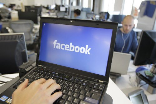 Facebook userbase touches 1.23 billion in 2013