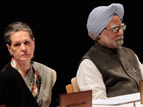 Sonia, PM targeted in chopper deal