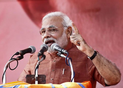 Modi blames SP for law and order in UP