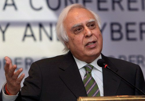 Bold step of rationalising spectrum base price worked: Sibal