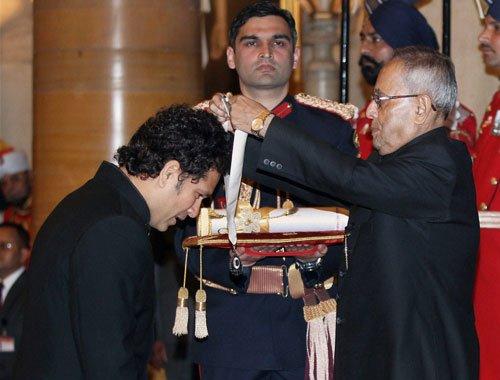 Sachin, CNR receive Bharat Ratna