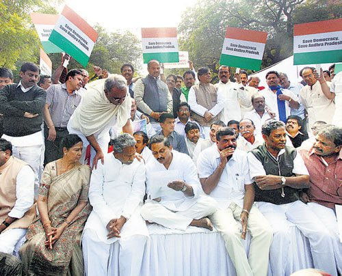 Naidu slams UPA over AP bifurcation