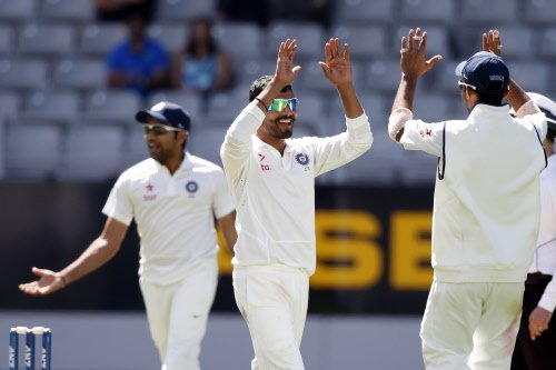 India to chase 407 after bundling out Kiwis for 105