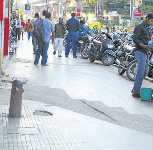 MG Road footpath to get facelift