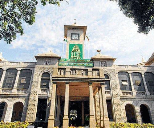 'e-transfer'of  birth certificates begins in City