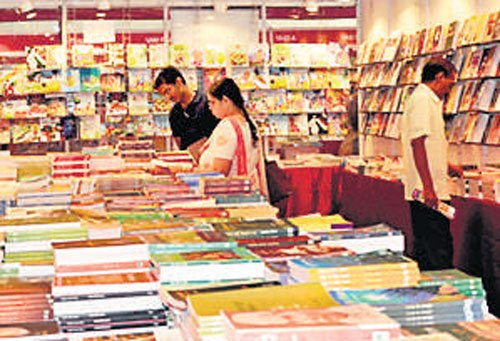 High Court allows book  festival at Palace Grounds