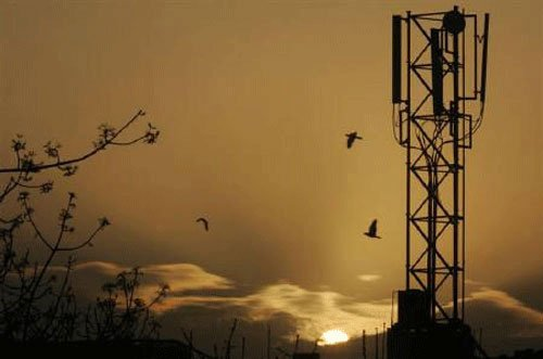 Spectrum auction Day 8: Bids worth Rs.58,980.29 crore received