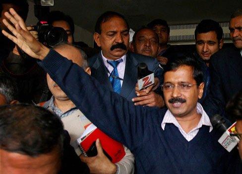 Kejriwal orders FIRs against Mukesh, Moily