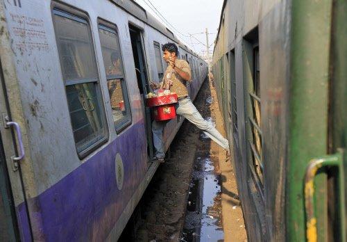 No fare hike, 72 new trains in India's interim rail budget