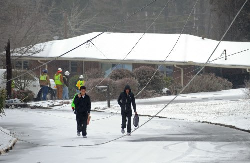 America braces for 'potentially catastrophic winter storm