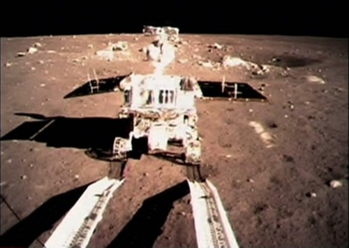 China's moon rover comes 'back to life': officials