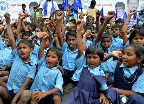 75 % tribal children lagging behind in education: Survey