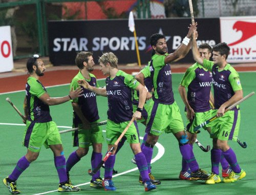 Waveriders favourites against Wizards in 1st semifinal of HHIL