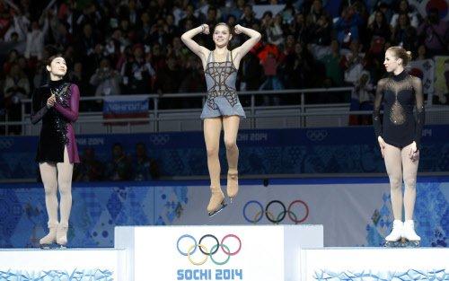 Sotnikova shocks champ Kim
