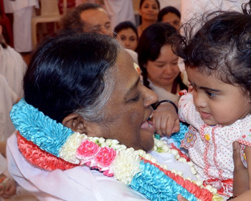 My mutt is an open book, says Amritanandamayi