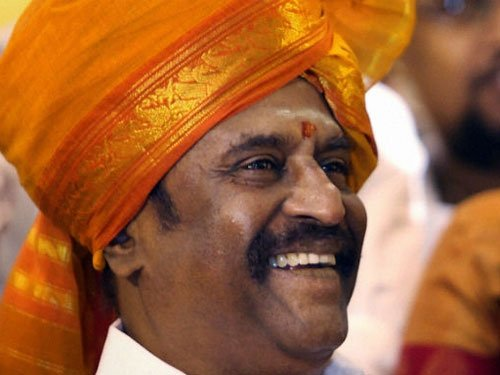 Rajni faced awkward moments in shooting for daughter's film